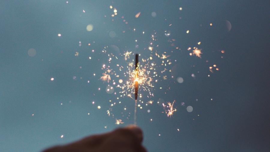 Stjernekaster der glimter