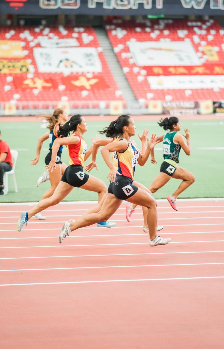 Olympiske lege - kvinder der løber om kap